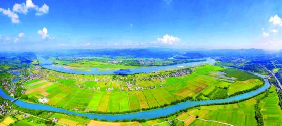 通过铁腕治污,全市水环境质量向好趋势明显。这是东江博罗段。  惠州日报记者王建桥 摄 (资料图片)