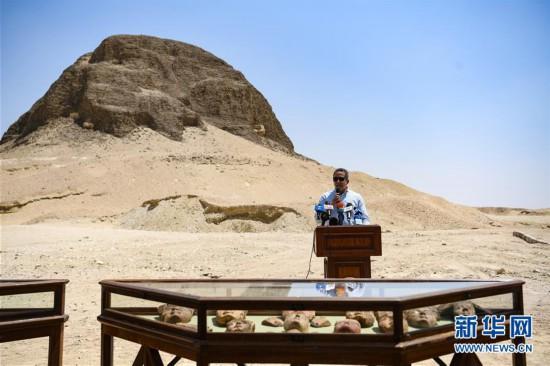 (国际)(2)埃及4000年历史的金字塔正式向游客开放