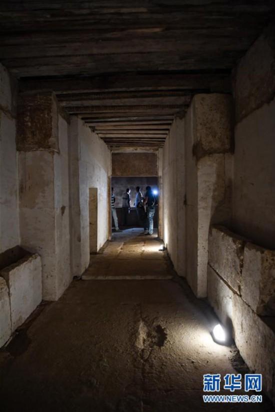 (国际)(3)埃及4000年历史的金字塔正式向游客开放