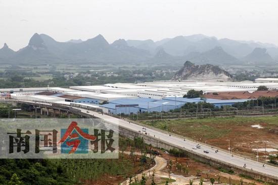 柳州兴柳路全线通车 柳江城区到机场只需10多分钟