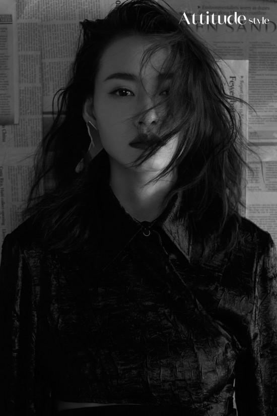 柴碧云曝光复古写真表现力十足游走于色彩黑白之间