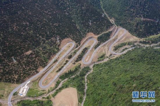 (环境)(1)垭口:川藏公路上的观景台
