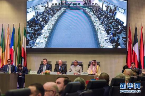 (世界)(1)非欧佩克产油国决议延伸减产协议