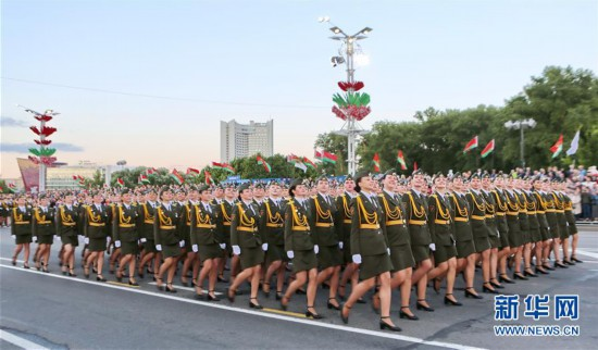 (国际)(1)白俄罗斯举行庆祝独立日阅兵式