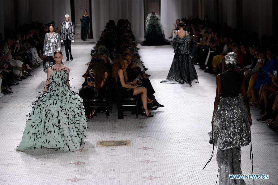 Givenchy's Fall/Winter 2019/20 Haute Couture collections