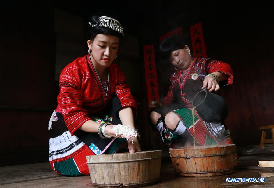 Women of Yao ethnic group have tradition of keeping long hair