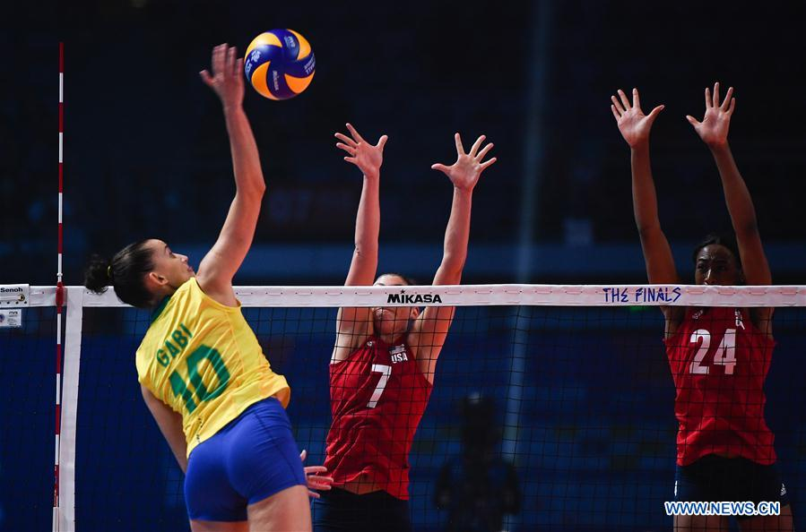 U S  wins 2019 FIVB Volleyball Nations League Finals Women (9