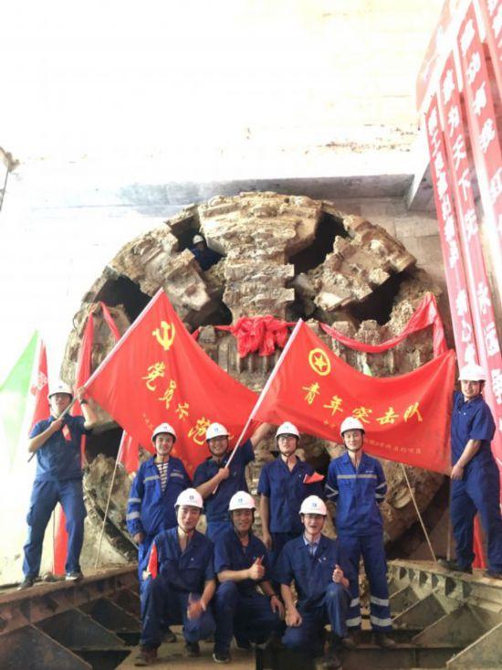 新进展!武汉地铁8号线马房山站至洪山区政府站区间双线贯通