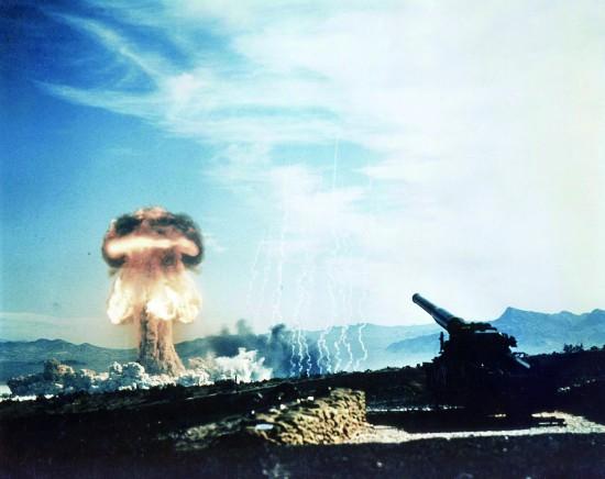 """美全军种训练""""核爆后作战""""实打实准备核战争"""