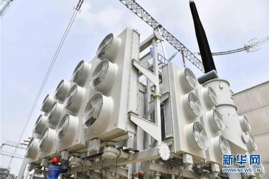 (社会)(5)山东枣庄:1000千伏特高压交流输变电工程建设忙