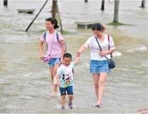 长江武汉关站突破25米设防水位 武汉启动防汛四级应急响应