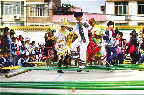 良慶區積極開展民族團結進步創建活動