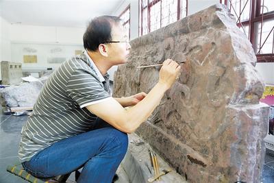 河北:文物修复师缘何缺口难平