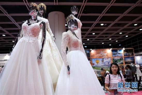 (经济)(1)香港婚纱展及结婚服务博览开幕