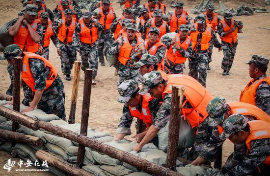 淮北:应对汛期开展抗洪抢险实战演练
