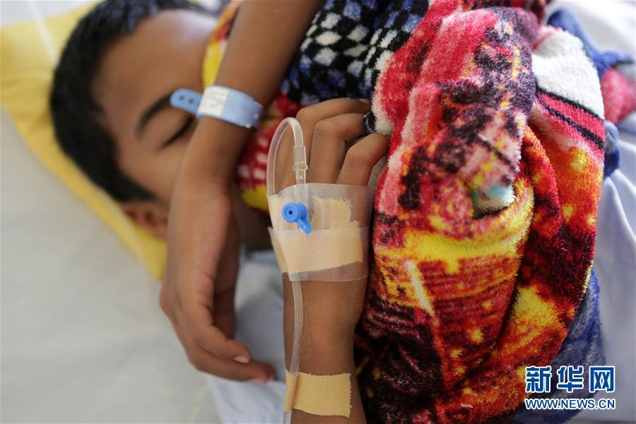 (国际)(1)菲律宾登革热疫情暴发致超过450人死亡