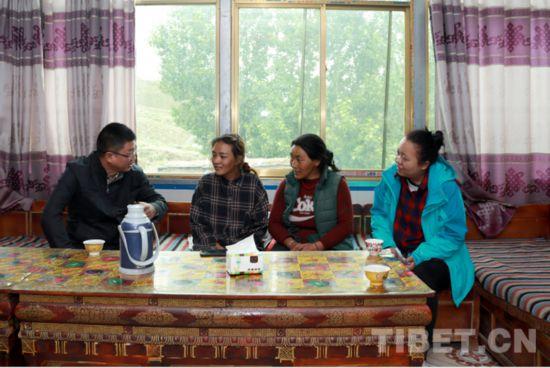 """""""不忘立德初心牢记树人使命""""――西藏民族大学开展2019暑期家访工作"""