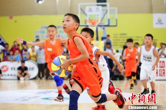 全国NYBO青少年篮球公开赛夏季邀请赛安徽休宁开赛