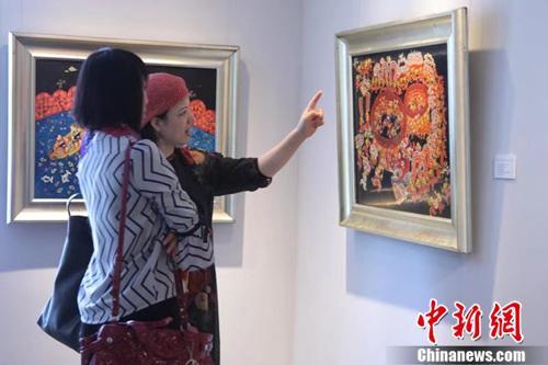 中国农民漆画亮相日本获青睐