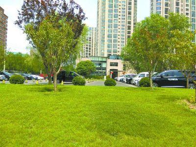 天鹅湾售楼处改商务中心 教育用地变独享花园