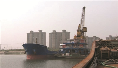 江苏海警在启东海域查获600吨走私成品油