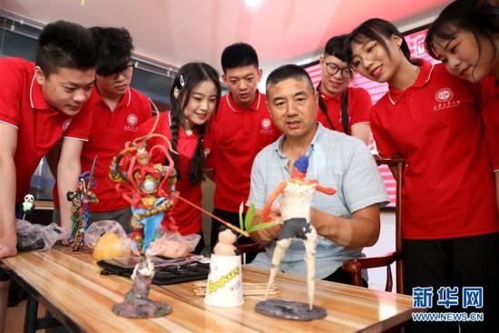(社会)(1)河北石家庄:暑期乐享非遗文化