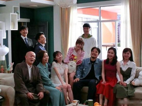 爱情公寓5最新路透:子乔举办婚礼,李佳航携新住客亮相
