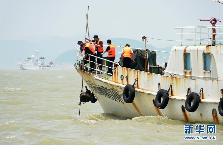(社会)(1)福建开展清理整治违规渔具专项执法行动