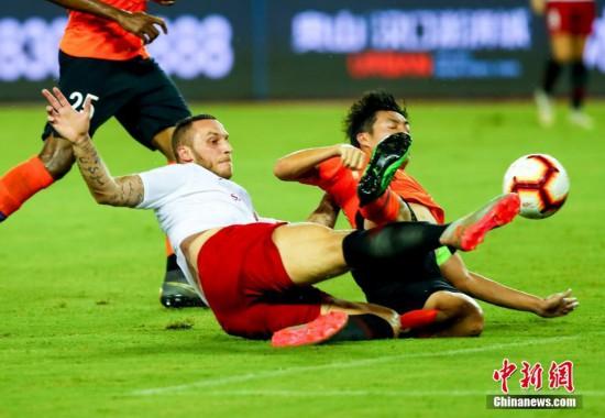 中超联赛:武汉卓尔主场战平上海上港