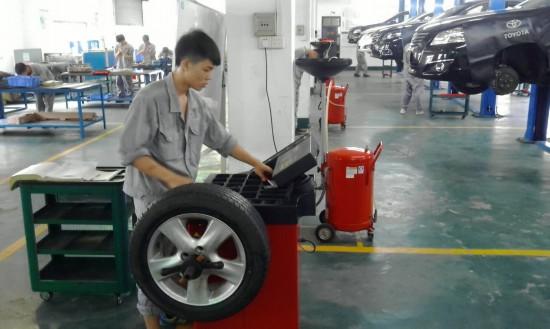 转变行业管理方式 机动车维修业管理再升级