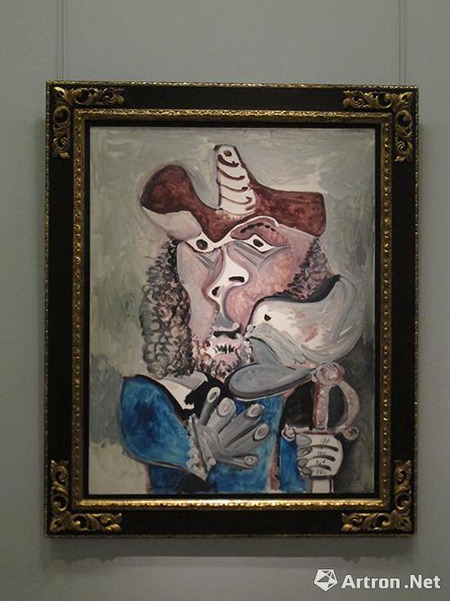 捐赠作品:毕加索《带鸟的步兵》布面油画  146*114cm  1971年