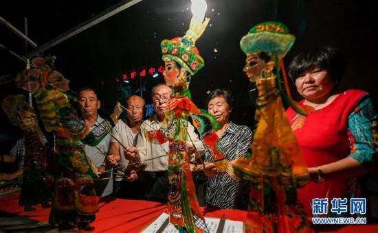 (文化)(2)巴林左旗皮影艺术:灯光戏影诉说千古事