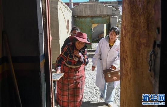 (社会)(4)嘎宗卓玛:多玛乡的健康守护天使