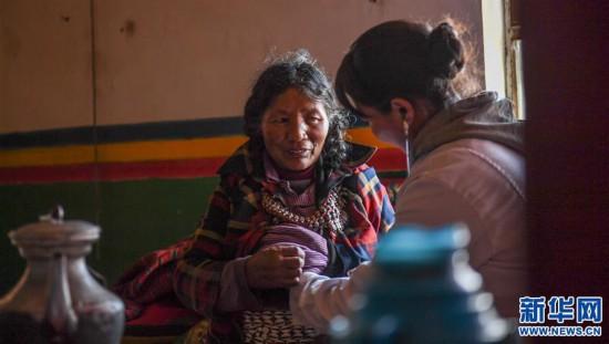 (社会)(5)嘎宗卓玛:多玛乡的健康守护天使