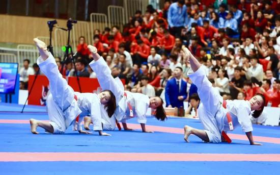 一日两金!北京空手道夺二青会女子个人、团体双冠