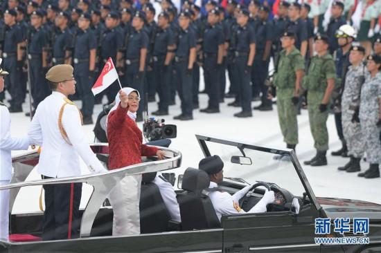 (国际)(1)新加坡举行国庆54周年庆典