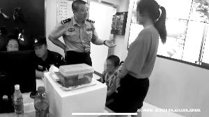 南京男孩被被姐姐罚抄古诗两千遍后离家出走