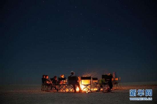 (国际)(3)在马卡迪卡迪盐沼过夜