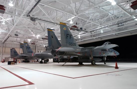 黑客花2天就成功入侵F-15战机系统美军网络安全漏洞百出