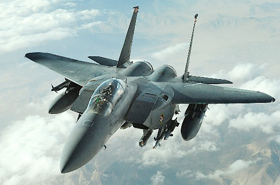 黑客花2天就成功入侵F-15战机系统 美军网络安全漏洞百出