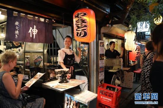 (国际)(1)日本东京:夜幕下的熙攘繁华