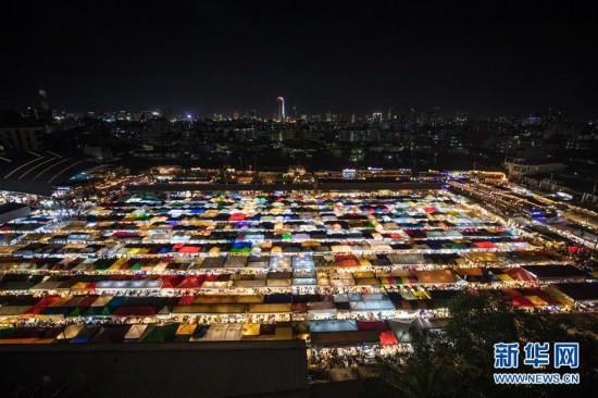 (国际)(5)多姿多彩的曼谷夜市