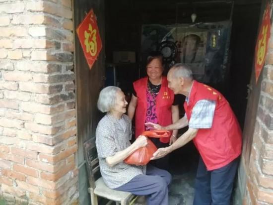"""什么行业最赚钱:梧州市龙圩区龙城社区""""时间银行""""养老志愿服务成效初显"""