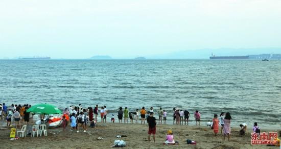 組圖:盛夏的曾厝垵海灘