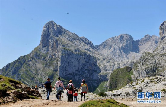 (国际)(1)欧洲之峰:群山深处好风景
