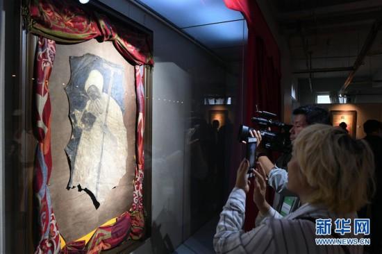 """(文化)(1)""""丝路画语""""绘画珍品展在吉林举行"""