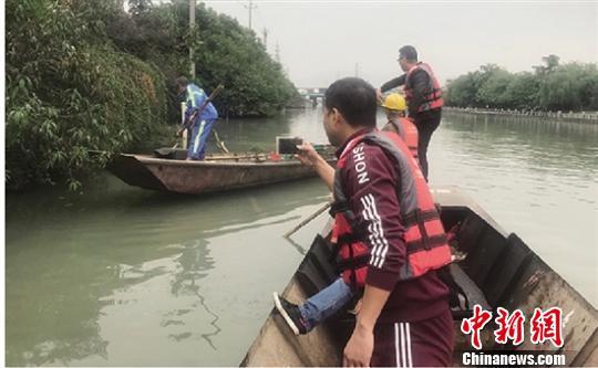 浙江瑞安300余民間河長治理河道還一方綠水青山
