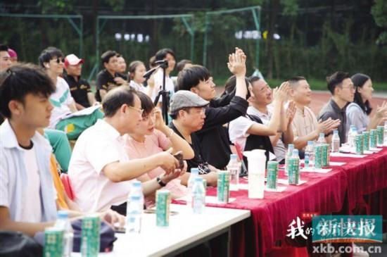 《我的体育老师》华人星光大道陈昊宇 助力推动阳光体育运动
