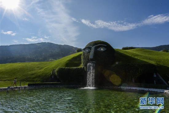 (国际)(6)探访施华洛世奇水晶世界