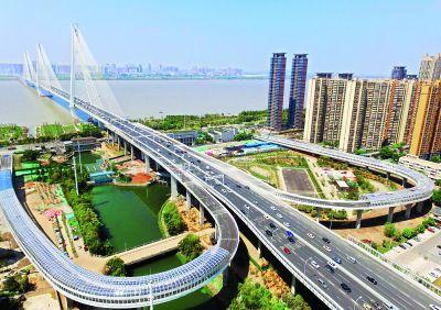 二七长江大桥临江匝道9日开放通行